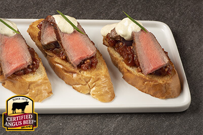 Sirloin Crostini with Tomato Chutney and Curry Sour Cream recipe provided by the Certified Angus Beef® brand.
