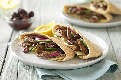 Greek-Style Beef Pita recipe provided by the Certified Angus Beef® brand.